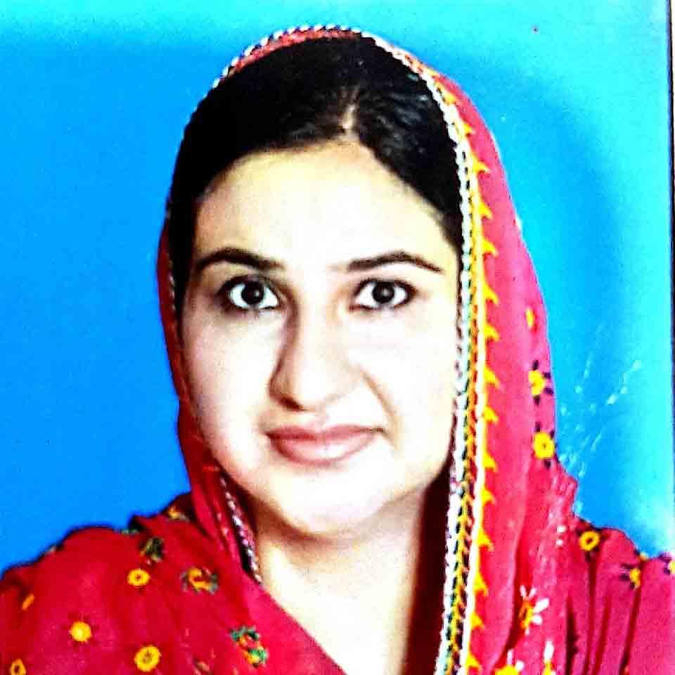 Dr sadia khurshid